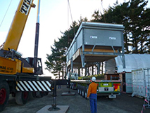 Crane-lifting in the cooler